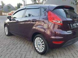 Mobil Ford Fiesta 2011 Trend dijual, Jawa Timur