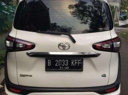 Jawa Barat, Toyota Sienta Q 2016 kondisi terawat