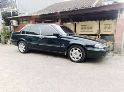 Jual mobil bekas murah Volvo S90 1999 di Banten