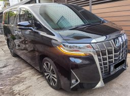 Toyota Alphard 3.5 Q Executive Lounge 2018 /2019 Persis spt Thn 2020