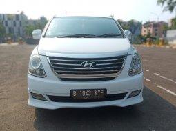 Hyundai H-1 XG 2012 Putih