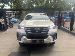 Toyota Fortuner 2019 DKI Jakarta dijual dengan harga termurah