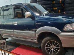 Jawa Timur, Toyota Kijang Krista 2000 kondisi terawat