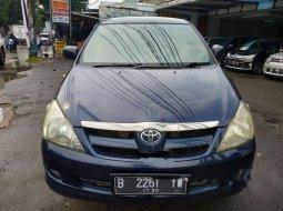 Mobil Toyota Kijang Innova 2005 G terbaik di Jawa Barat