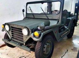 Jual mobil bekas murah Toyota Land Cruiser 4.0 Manual 1965 di DKI Jakarta