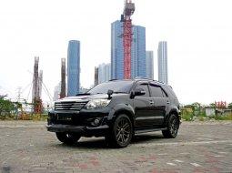 2012 Toyota Fortuner G VNT 2.5 AT 4x2 Diesel Hitam Surabaya