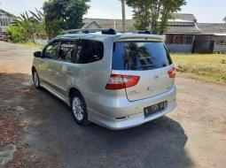 Jawa Timur, jual mobil Nissan Grand Livina 2013 dengan harga terjangkau