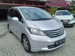 Honda Freed 2011 Riau dijual dengan harga termurah