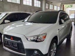Mitsubishi Outlander 2012 Jawa Tengah dijual dengan harga termurah