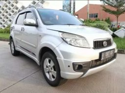 Mobil Toyota Rush 2014 S terbaik di Banten