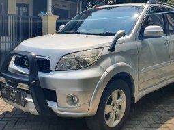 Jawa Timur, Toyota Rush G 2013 kondisi terawat