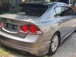 Honda Civic 2006 Jawa Timur dijual dengan harga termurah
