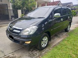 Jual mobil Toyota Kijang Innova V 2004 bekas, Sumatra Selatan