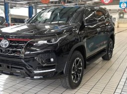 TOYOTA END YEAR SALE Toyota Fortuner