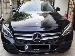 Mercy Mercedes Benz C200 w205 2016 / 2017 Perfect Like New Odo 21Rb