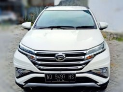 Daihatsu Terios R Deluxe Manual 2019 Putih, Like New