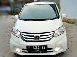 Honda Freed PSD Matic 2014 Putih