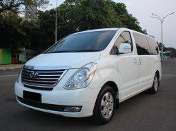 Hyundai H-1 Elegance 2012 Putih