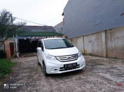 Honda Freed PSD 2015