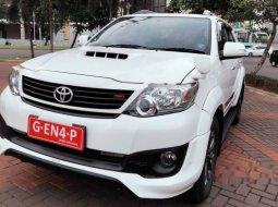 Mobil Toyota Fortuner 2014 G TRD terbaik di Banten