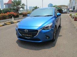 Mazda 2 R