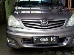 Toyota Kijang Innova 2.5 G 2011