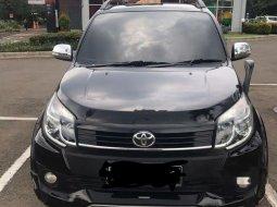 Jual Toyota Rush TRD Sportivo 2015 harga murah di Banten