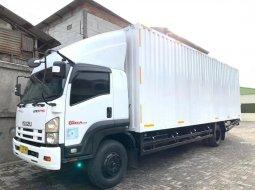 58000KM MULUS+BanBARU,MURAH Isuzu Giga Engkel 4x2 FTR90S Box Besi 2017