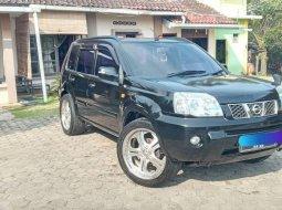 Jual cepat mobil Nissan X-Trail 2.5 CVT 2005 di Lampung