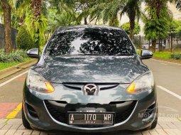 Mobil Mazda 2 2011 Sedan dijual, Banten
