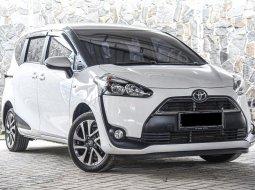 Toyota Sienta V 2019