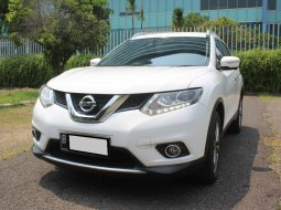 Nissan X-Trail 2.5 AT 2015 Putih