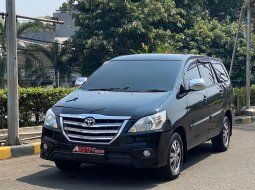 Toyota Grand Innova G AT 2015 Facelift