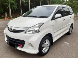 Toyota Avanza Veloz 1.5 AT 2013 Airbags DP Minim