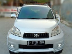Toyota Rush S  Matic 2013 Silver, Jok 3 baris