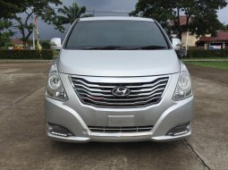 Hyundai H-1 2.4L Royale AT 2015 FACELIF