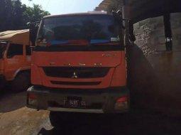Jual Mitsubishi Fuso Trucks 2014 harga murah di Jawa Barat