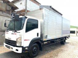 MURAH+BanBARU,BAGUS Isuzu Giga Engkel 4x2 FRR90Q Box Alumunium 2012 FRR