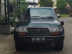 Toyota Land Cruiser VXR-80 4.2 Automatic 1997
