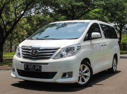 Toyota Alphard 2.4 G AT 2012 Facelift Putih