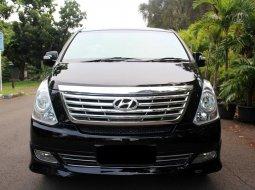 Hyundai H-1 XG Bensin 2012 Hitam