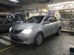 Toyota Etios Sedan 1.5 m/t 2013