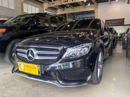 Jual mobil Mercedes-Benz C-Class 2015