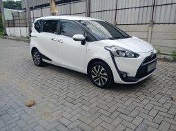Toyota Sienta V 2016 Putih