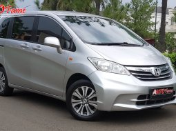 Honda Freed 1.5 SD 2012