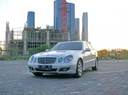 2008 Mercedes-Benz E200 1.8 AT Sedan Surabaya