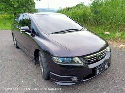 Honda Odyssey 2.4  absolute Rb1