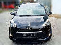 Toyota Sienta V  Matic Tahun 2018 Hitam, Low Km