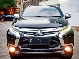 Mitsubishi Pajero Sport Dakar 2.4 Automatic  2018 Hitam,,