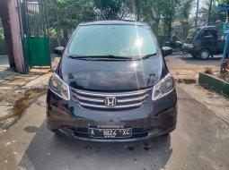 Banten, Honda Freed 1.5 2009 kondisi terawat